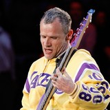 Flea-has-love-for-chess