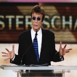 Robin-Gibb-eyes-music-comeback