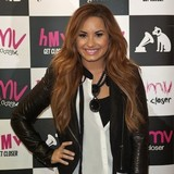 Demi-Lovato-favourite-for-X-Factor