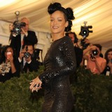 Rihanna-hospitalised