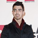 Joe-Jonas-was-pretty-depressed
