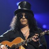 Slash:-Touring-is-the-best