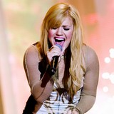 Kelly-Clarkson:-Carrie-would-make-great-judge