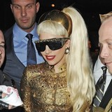 Lady-Gaga-wears-tiara-everywhere