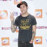 Pete-Wentz-mocks-style-mistakes