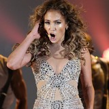 Jennifer-Lopez-in-birthday-dance-off