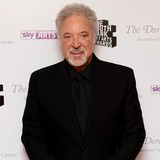 Sir-Tom-Jones:-Wife-stops-my-boasts
