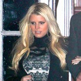 Jessica-Simpson-indulging-once-a-week