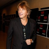 Richie-Sambora-in-better-place-with-Locklear