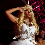 Nicki-Minaj-vows-to-ditch-drama