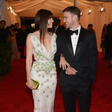 Justin-Timberlake-shows-off-wedding-ring