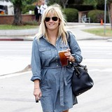 Reese-Witherspoon-to-duet-with-Bublandeacute;
