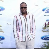 Bobby-Brown-considering-rehab-stint