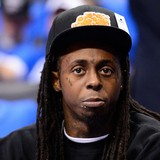 Lil-Wayne-recuperating-at-mothers-house