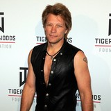 Jon-Bon-Jovi-talks-duct-tape-pants