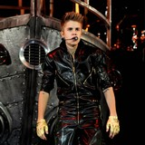 Justin-Bieber-stopped-by-police