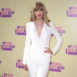 Lopez:-Swift-and-Styles-definitely-dating