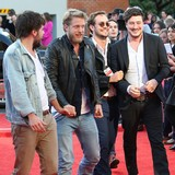Mumford-and-Sons-penning-new-record