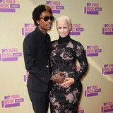 Wiz-Khalifa-cant-stay-mad-at-Amber-Rose