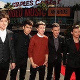 One-Direction-fears-for-Styles-Swift-romance