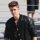 Bieber-smoking-marijuana-before-paparazzo-crash