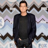 Charlie-Sheen-helps-fund-photographers-funeral