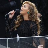 Beyonce-sings-for-Obama