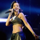 Rihanna-leaves-generous-tip