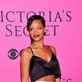 Rihanna-to-perform-with-Mars-and-Sting