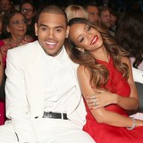 Rihanna-and-Chris-ignore-each-other-at-club