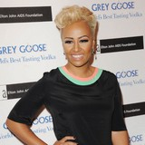 Emeli-Sande-happy-to-leave-the-limelight
