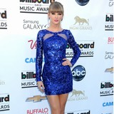 Taylor-Swift-amazed-at-Twitter-success