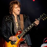 Sambora:-Bon-Jovi-is-trash-talker