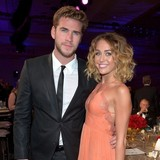Miley-and-Liam-end-engagement,-say-reps