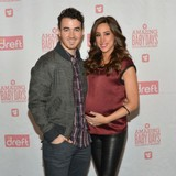 Kevin-Jonas-$20k-Super-Bowl-offer
