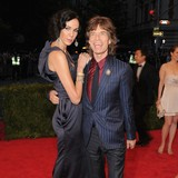 LWren-leaves-$9m-estate-to-Jagger