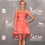 Miranda-Lambert:-Puppies-are-my-babies