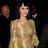 Katy-Perry-bowled-over-by-rapper