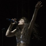 Lorde:-Coachella-is-mental