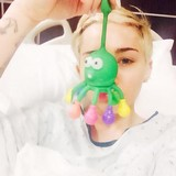 Miley-Cyrus-hospitalised