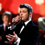 Robin-Thicke-writing-powerful-breakup-album
