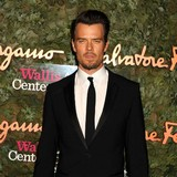 Josh-Duhamel-backs-Bell