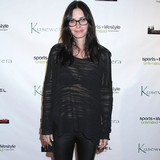 Courteney-Cox-considers-surrogacy