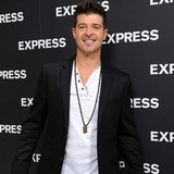 Robin-Thicke-will-woo-Paula-at-Billboards