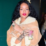Rihanna-reassured-Chris-in-jail