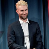 Adam-Levine-sets-wedding-date