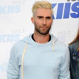 Adam-Levine-says-sorry-to-exes
