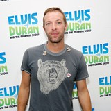 Chris-Martin-wants-Rihanna-song