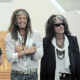 Aerosmith-cancels-show-over-mystery-illness