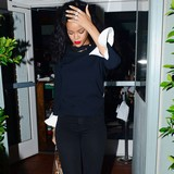 Rihanna-crushed-by-Chris-and-Karrueche